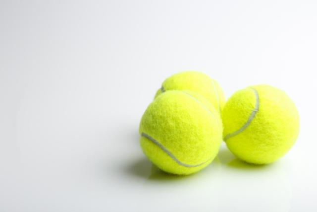 エラはり解消グッズはテニスボール?整形級の小顔になるやり方はコレ!